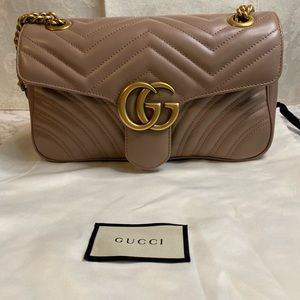 Gucci GG small Marmont shoulder bag